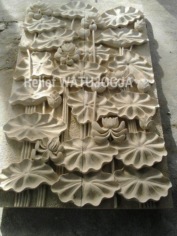 relief motif lottus teratai